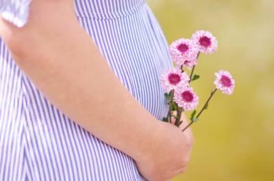 bolest v podbříšku v těhotenství